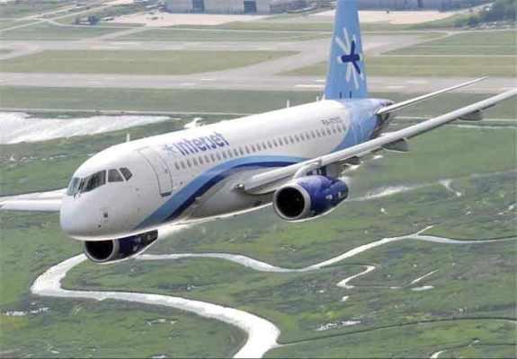 شركات ايرانية تعتزم شراء طائرات ركاب روسية من طراز سوخوي - 100