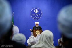Ruhani, Ehl-i Sünnet alimeleriyle görüştü