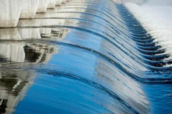 فیلم/ بازچرخانی آب در دیوارهای خورشیدی