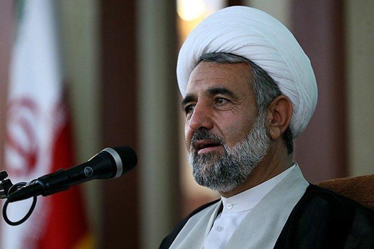 دستگاه های مسئول درمورد تهدید هواپیمای ایرانی بی تفاوت نباشند