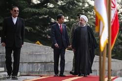 الرئيس روحاني يستقبل نظيره الاندونيسي رسمياً في طهران /صور