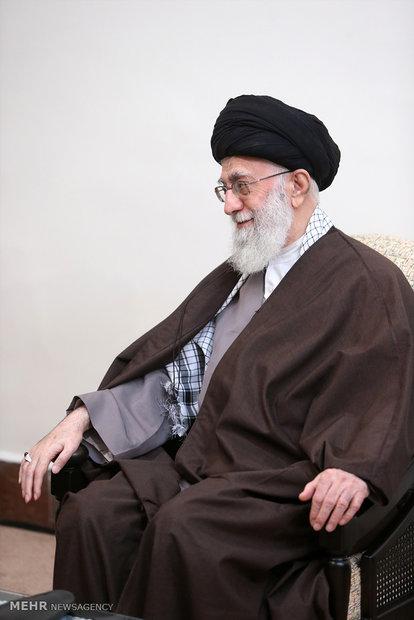قائد الثورة الاسلامية يستقبل الأمين العام لحركة الجهاد الاسلامي