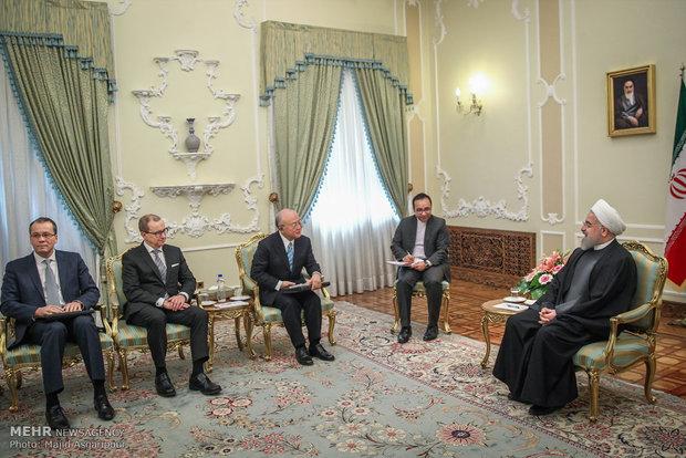 Rouhani receives IAEA head
