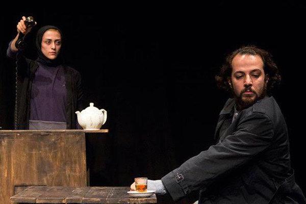 آرمین جوان نمایش «دستگاه» را در کنش معاصر اجرا می کند