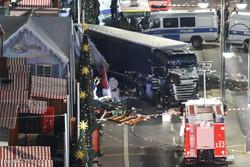 ميركل: حادثة الدهس هجوم ارهابي نفذه طالب لجوء