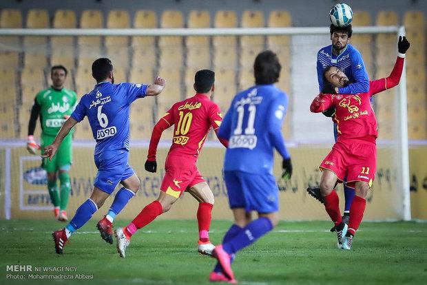 مباراة استقلال ونفط طهران في بطولة الكأس