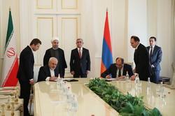Iran, Armenia ink 5 MoUs