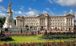الشرطة البريطانية تعزز الاجراءات الامنية حول قصر الملكة بعد هجوم برلين
