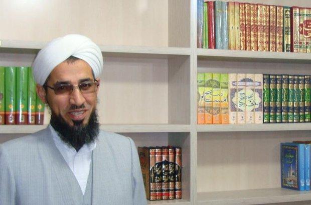 عالم سني إيراني: التوسل جزء من الشريعة الإسلامية ورأي ابن تيمية يخالف اجماع أهل السنة