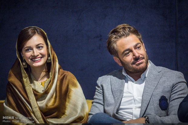 2313806 - عکس های نشست خبری فیلم سلام بمبئی با حضور گلزار و دیامیرزا