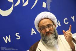 مردم ارزش بالای انقلاب اسلامی را در ۲۲ بهمن نشان می دهند