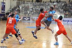 تیم هندبال نیروی زمینی تهران، هپکوی اراک را در خانه متوقف کرد