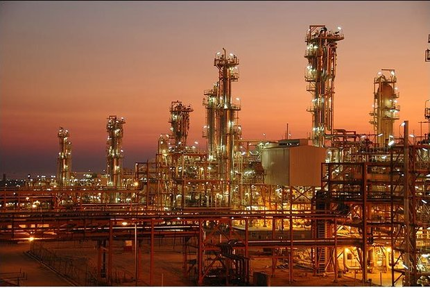 Iran, Shell begin rivalry in petchem market