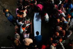 بازگشت کارگران نپالی به کشورشان با تابوت