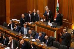 Lübnan'da Hariri hükümeti güvenoyu aldı