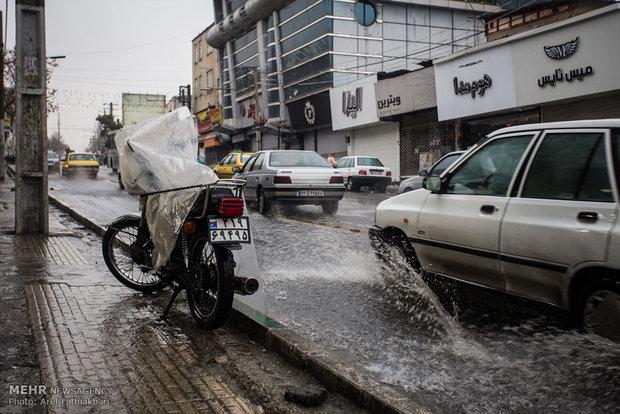 باران شدید و آبگرفتگی معابر در کرج