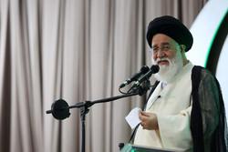 برگزار کنندگان جشن برج میلاد تهران مانند ستون پنجم دشمن هستند