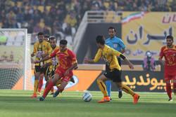 """""""نفط طهران"""" أول الواصلين الى نهائية بطولة كأس ايران بعد فوزه على سباهان"""