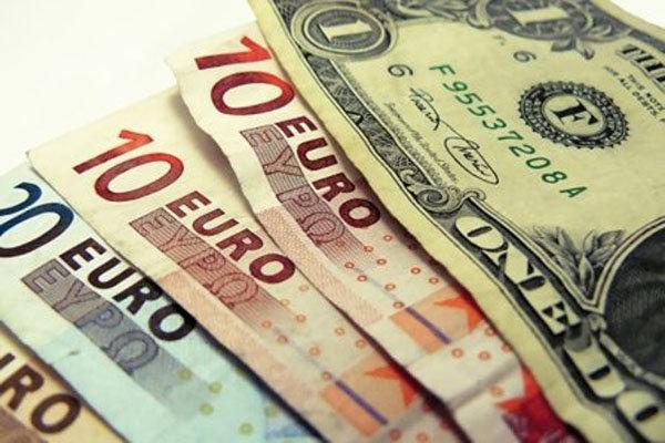 واکنش بازارهای جهانی به سخنان رئیس فدرال رزرو/ارزش دلار کاهش یافت