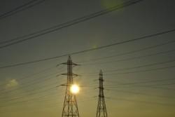 İran Katar elektrik ağına bağlanacak