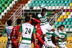دیدار تیم های فوتبال ذوب آهن و تراکتور سازی در جام حذفی