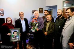 دیدار سیدعباس حسینی فرماندار گرگان با خانواده شهید ادموند بالیانس خانقاه