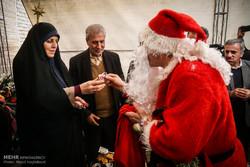 Iranian min., VP visit St. Georg Church