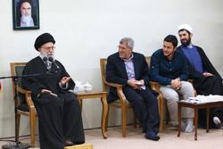 دیدار جمعی از نخبگان دانشگاه صنعتی شریف با رهبر انقلاب