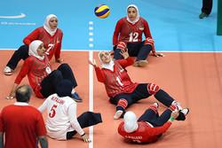 İranlı kadın voleybolculardan büyük başarı