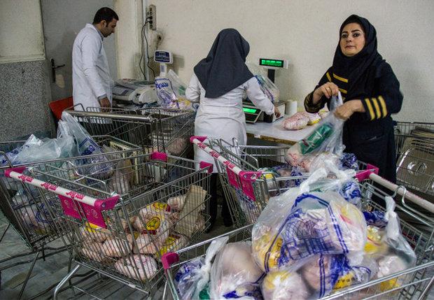 ۴۰۰ سبد کالای ماه رمضان در میان مددجویان بهزیستی لامرد توزیع شد