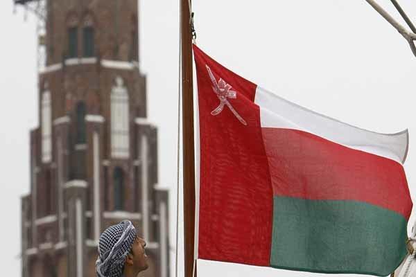 نقل 50 جريحا يمنيا الى مسقط بطلب من الأمم المتحدة