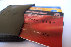 کاهش سرقت اطلاعات بانکی با تغییر دوره ای رمز های بانکی