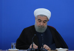 Rouhani accepts roads, industry ministers' resignations
