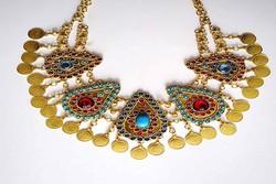 Traditional Iranian jewelry