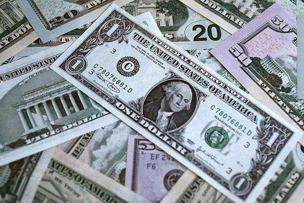 قیمت ۱۱ هزارتومانی قیمت سکه بهار آزادی /دلار ۱۵ تومان ارزان شد