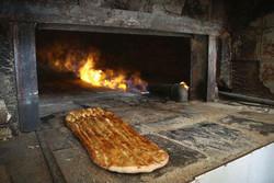 نارضایتی شهروندان اردبیلی از کیفیت نان/خمیر خشک شده نان نیست