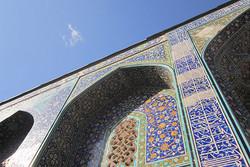 بقعه بازسازی شده امامزاده سید صالح ایذه افتتاح شد