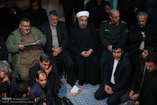 Iranian officials say goodbye to body of Ayat. Rafsanjani