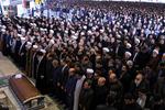 قائد الثورة الاسلامية يؤم صلاة الميت على جثمان آية الله رفسنجاني /فيلم
