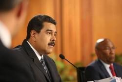 """الرئيس الفنزويلي يندد بمحاولة """"الانقلاب"""" في بلاده ويتهم أمريكا بالتورط فيها"""
