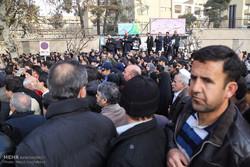 نقل جثمان آية الله هاشمي رفسنجاني الى جامعة طهران
