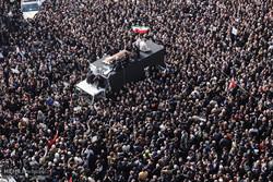 تصوير جوي لمراسم تشييع جثمان آية الله رفسنجاني إلى مثواه الأخير /فيديو