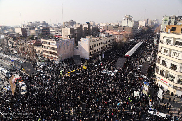 Massive crowd shows up to Rafsanjani's funeral