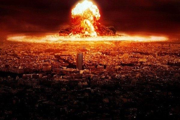 """كوريا الشمالية تقرع طبول """"الحرب النووية"""""""