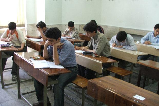 وجود تعداد زیادی کلاس درس تخریبی در استان بوشهر زیبنده نیست