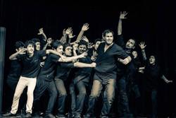 پردیس تئاتر تهران با «من...» افتتاح می شود/ نمایشی با ۸۰ بازیگر