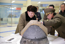 کۆریای باکوور دهست له بۆمبی ناڤۆکی ههڵناگرێت