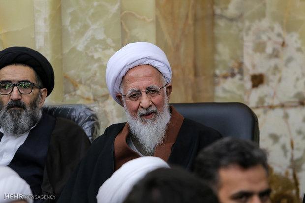 Qom's Grand Mosque hosts Ayat. Heshemi's memorial ceremony