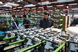 دلایل تعطیلی واحدهای صنعتی بررسی شود/۵۰درصد واحدهای شهرکهای صنعتی با یک چهارم ظرفیت فعالند