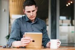 مطالعه آنلاین موبایل اینترنت